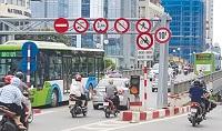 Các trường hợp phương tiện giao thông phải giảm tốc độ
