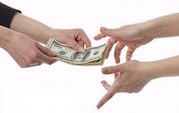 Chồng vay tiền vợ có nghĩa vụ trả không