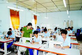 Đối tượng áp dụng biện pháp đưa vào cơ sở giáo dục bắt buộc