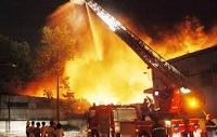 Làm hư hỏng giấy phép vận chuyển hàng nguy hiểm về cháy nổ