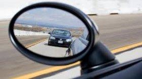 Khoảng cách an toàn giữa hai xe