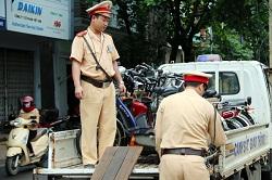 Tạm giữ tang vật, phương tiện, giấy phép, chứng chỉ hành nghề  theo thủ tục hành chính