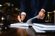 Cấp tín dụng không có hợp đồng bị xử phạt thế nào?