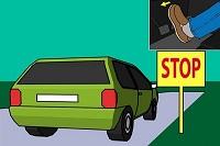Dừng xe ô tô không có tín hiệu báo bị xử phạt thế nào?
