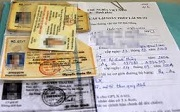 Được điều khiển xe khi bị tước giấy phép lái xe tích hợp không?