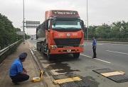 Mức phạt đối với lái xe ô tô quá tải cầu, đường