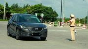 Mức xử phạt người điều khiển xe ô tô không mang theo Giấy phép lái xe từ 2020?