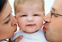 Bố dượng người nước ngoài nhận con riêng của vợ làm con nuôi được không?