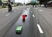 Từ 2020, điều khiển ô tô để dầu nhờn rơi vãi xuống đường bộ bị phạt bao nhiêu?