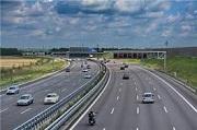 Từ năm 2020, ô tô quay đầu trên đường cao tốc bị phạt bao nhiêu?