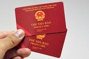 Vi phạm quy định về hoạt động nghề nghiệp, sử dụng thẻ nhà báo