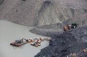Vi phạm các quy định về thoát nước, ngăn ngừa bục nước mỏ